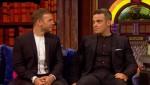 Gary et Robbie interview au Paul O Grady 07-10-2010 09eeac101823952