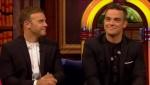 Gary et Robbie interview au Paul O Grady 07-10-2010 3692ce101825091