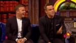 Gary et Robbie interview au Paul O Grady 07-10-2010 3c11d8101824363