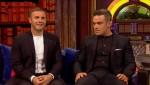 Gary et Robbie interview au Paul O Grady 07-10-2010 5d7875101824259
