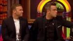 Gary et Robbie interview au Paul O Grady 07-10-2010 660d3e101826133