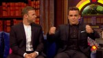Gary et Robbie interview au Paul O Grady 07-10-2010 7d562e101823013