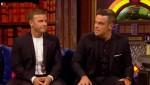 Gary et Robbie interview au Paul O Grady 07-10-2010 84d392101824567