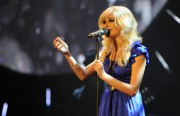 Nov 21, 2010 - Pixie Lott Performance @ T4 Stars of 2010 (pics + video) E9e501107949654