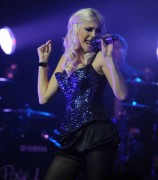 Nov 24, 2010 - Pixie Lott - The Crazycats Tour 299d1e108402346
