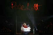 Nov 24, 2010 - Pixie Lott - The Crazycats Tour Abb3f5108402372