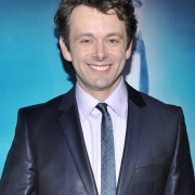 Dakota Fanning / Michael Sheen - Imagenes/Videos de Paparazzi / Estudio/ Eventos etc. - Página 2 A3caa9110583093