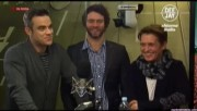 Take That à la radio DJ Italie 23/11-2010 E7e2f0110834285
