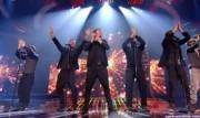 Take That au X Factor 12-12-2010 - Page 2 1f08e7111005904