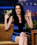 Кристен Стюарт, фото 7080. Kristen Stewart Appears on 'The Tonight Show' - November 3, 2011, foto 7080