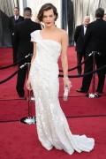 Милла Йовович, фото 2014. Milla Jovovich 84th Annual Academy Awards - February 26, 2012, foto 2014