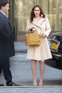 Лейгтон Мистер, фото 6864. Leighton Meester On the Set of 'Gossip Girl' in Manhattan - 05.03.2012, foto 6864