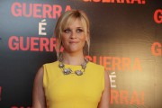 Риз Уизерспун, фото 4933. Reese Witherspoon Rio De Janeiro premiere This Means War - 08.03.2012, foto 4933