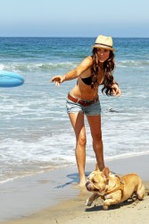 Серинда Свон, фото 71. Serinda Swan beach in Santa Monica - 7/31/2011, foto 71