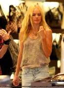 Kate Bosworth-Shopping in Beverly Hills 11th July 2010(Butt in Jeans)