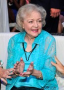 "Betty White @ ""Teen Choice Awards"" At Gibson Amphitheatre In Universal City -August 8th 2010- 1 Hot Shot ;-)"