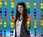 Victoria Justice-Tigerbeat Photoshoot 2010